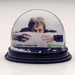 the classic oval snowglobe